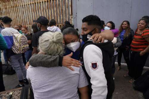 Advocates end work with US to pick asylum-seekers in Mexico – The Durango Herald