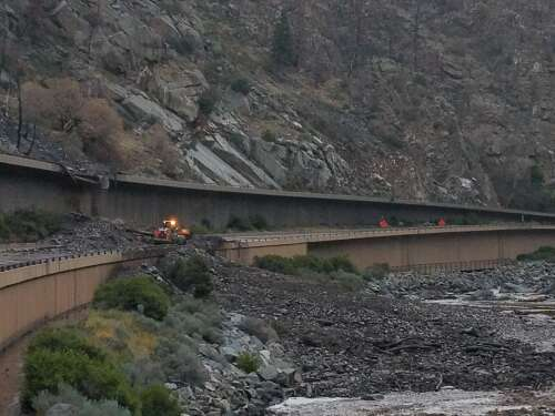 Motorists spent night in a tunnel after mudslide on I-70 in Glenwood Canyon – The Durango Herald